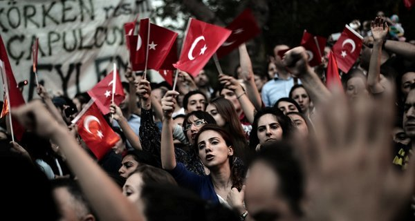 Turkey Moves to Silence Dissenters, but With One Eye on Its Image Abroad
